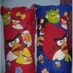 Bantal Cinta + Sarung Angry bird