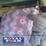 Kasur Busa Royal Ukuran 140x200x14 Motif Bunga
