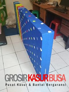 Kasur Busa Royal Ukuran 100x200x14 Motif Polkadot Biru